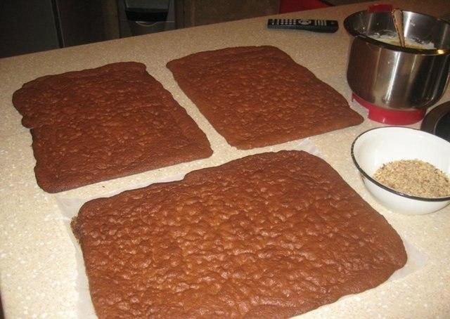 Фото к рецепту: Торт золотой ключик