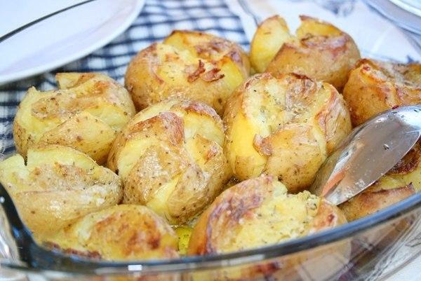 Фото к рецепту: Картофель, запеченный по-португальски
