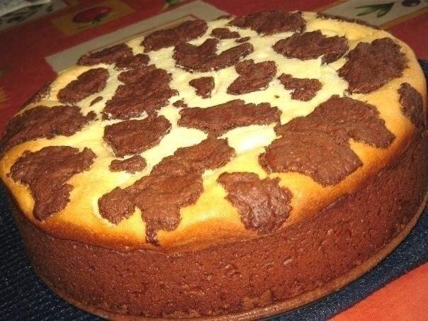 Фото к рецепту: Пирог Бурёнка
