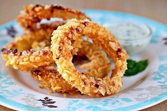 Фото к рецепту: Луковые кольца
