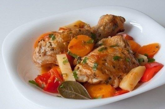 Фото к рецепту: Фрикасе из курицы по-креольски