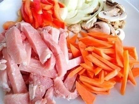 Фото к рецепту: Свинина стир-фрай