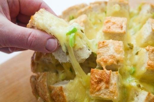 Фото к рецепту: Веселый хлеб