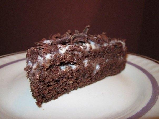 Фото к рецепту: Шоколадный торт Обыкновенное чудо