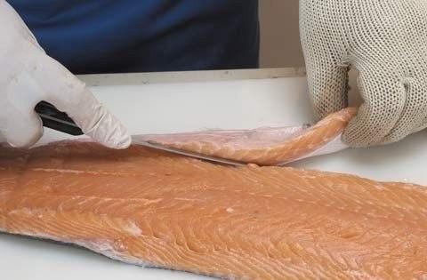 Как правильно разделать ры филе красной рыбы лосось.