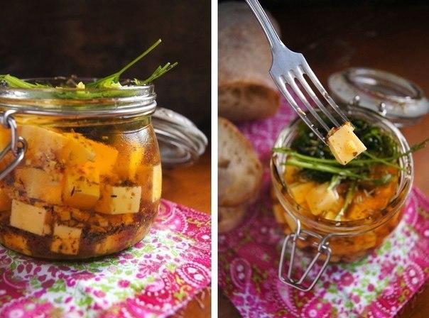 Фото к рецепту: Сыр в пряном маринаде