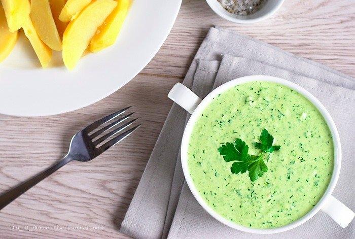 Фото к рецепту: Франкфуртский зеленый соус