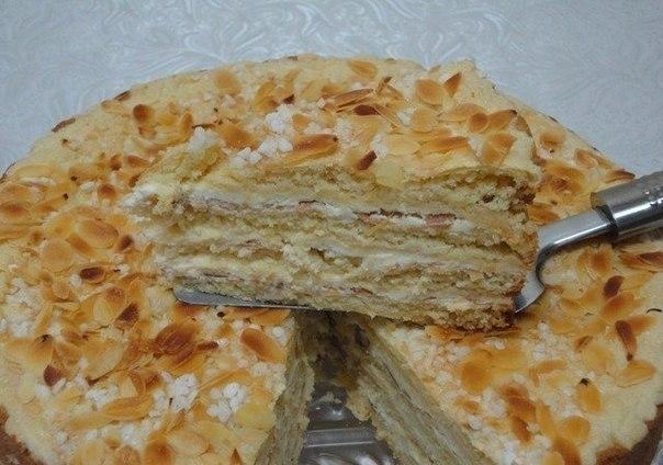 Фото к рецепту: Божественный тортик