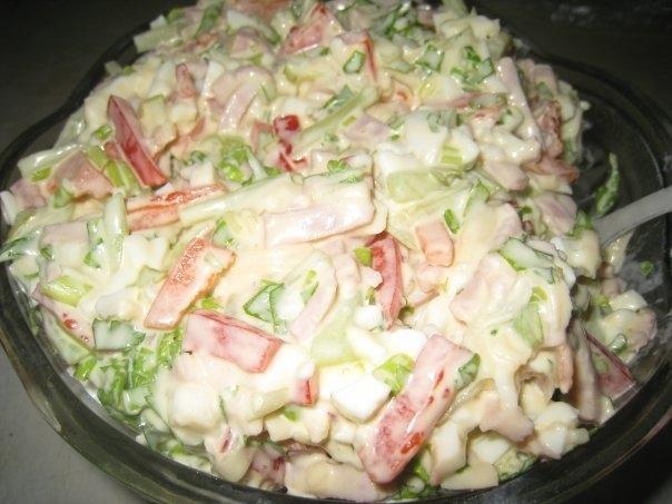 Фото к рецепту: Очень вкусный - салатик Берлинский.