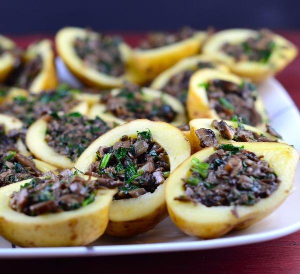 картошка с консервированными грибами в духовке рецепт