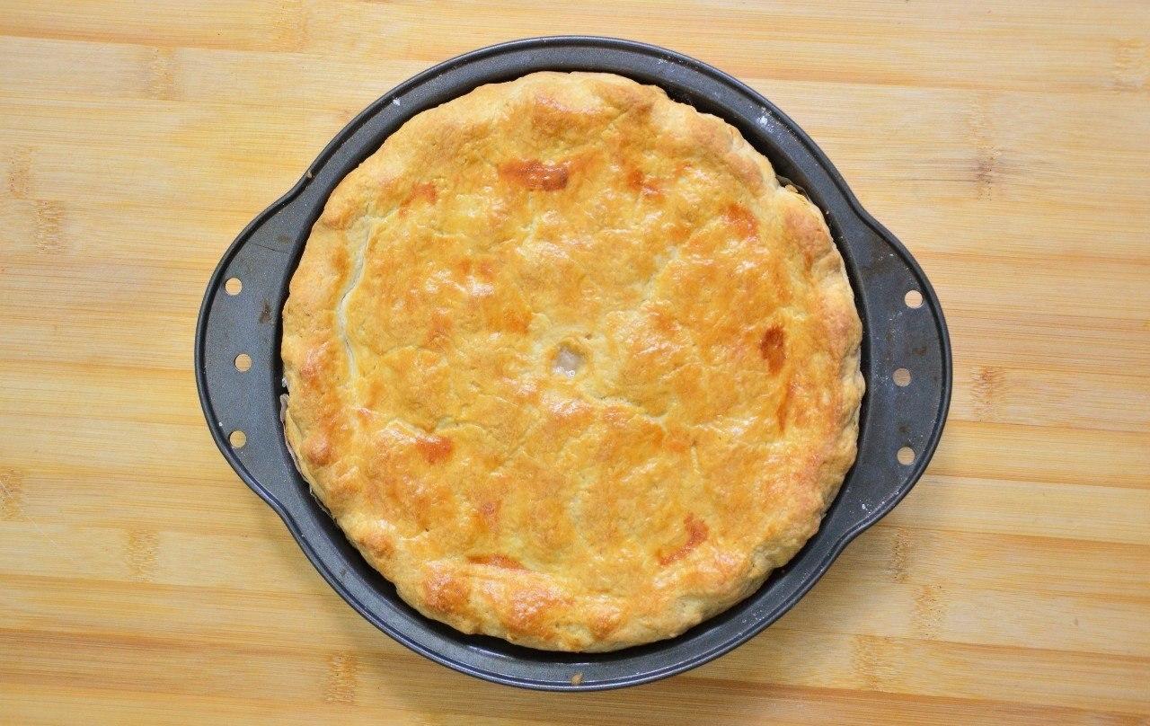 Фото к рецепту: Тарт с картофелем, ветчиной и грибами