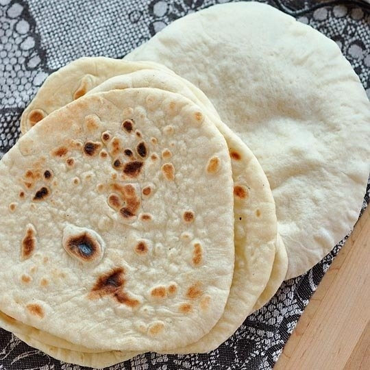 Фото к рецепту: Домашние лепешки пита
