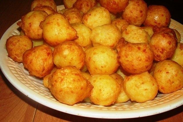 Фото к рецепту: Пампушки из картофеля
