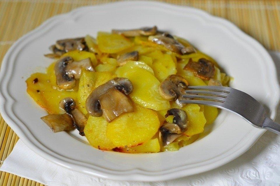 курица в духовке с картошкой в сливках в духовке рецепт