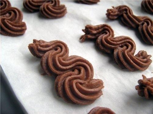 Фото к рецепту: Венское шоколадное сабле