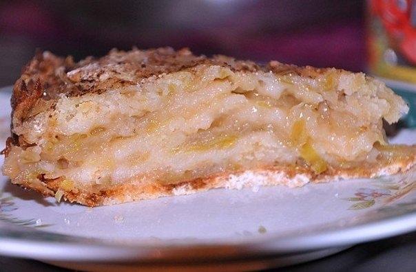 Фото к рецепту: Необычный яблочный пирог