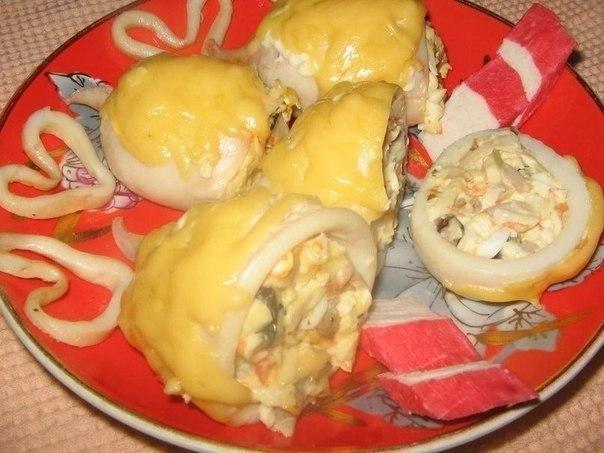 кальмары с сыром и грибами в духовке рецепт
