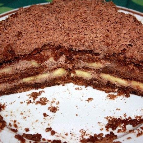 Фото к рецепту: Шоколадно-банановый торт из пряников