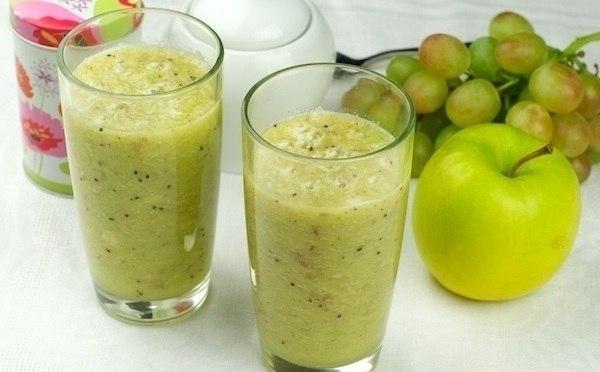 Фото к рецепту: Яблочный смузи