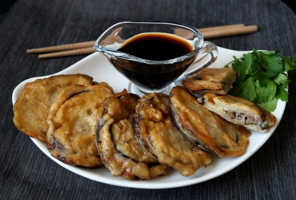 Фото к рецепту: Баклажаны с мясом по - китайски.