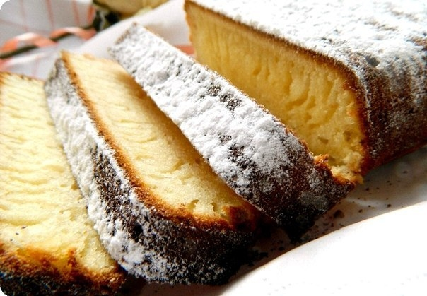 Фото к рецепту: Нереально вкусный кекс.