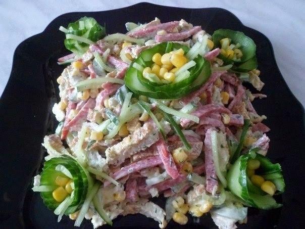 Фото к рецепту: Вкусный и простой салатик