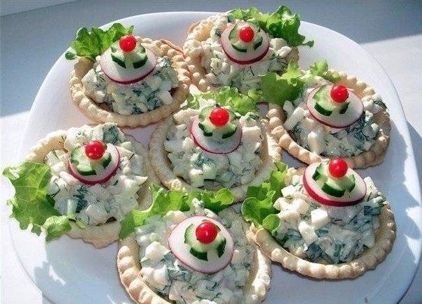 Фото к рецепту: ТОП-7 новогодних закусок.