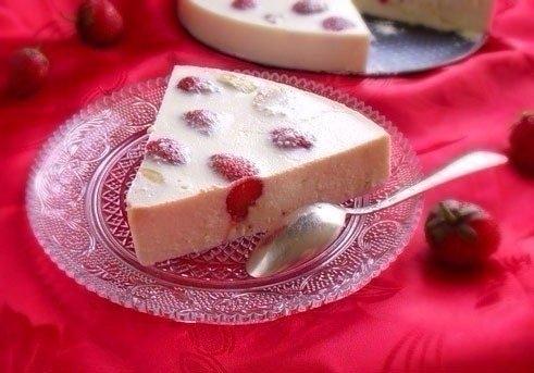 Фото к рецепту: Творожно-фруктовый десерт (вкусно и легко)