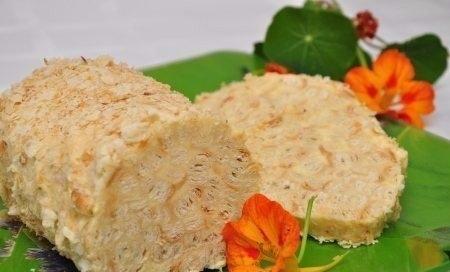 Фото к рецепту: Слоеное полено