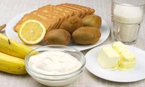 Фото к рецепту: Йогуртовый торт «Шедевр»