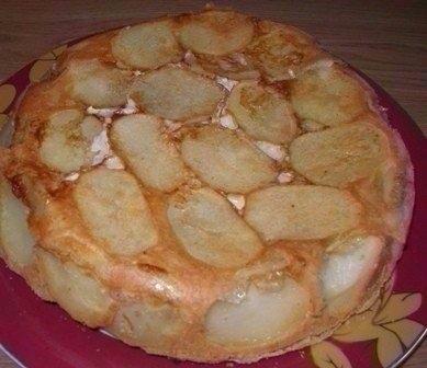 Фото к рецепту: Сытный пирог - это потрясающе