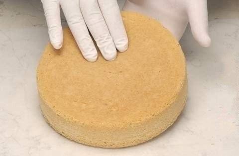 Фото к рецепту: Как приготовить бисквит (основные рецепты)