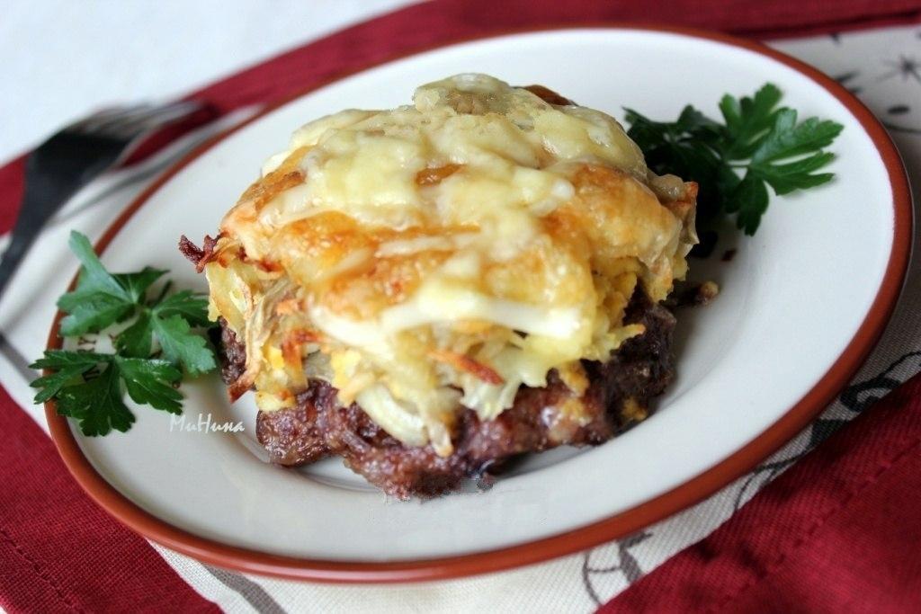 Фото к рецепту: Стожки - блюдо из мясного фарша.