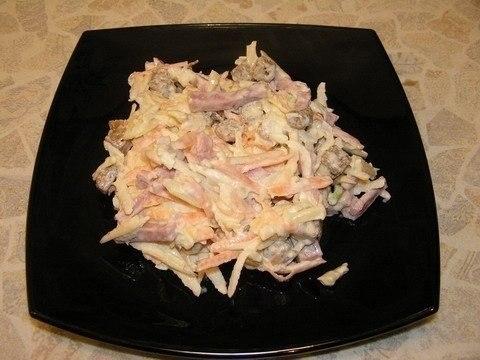 Фото к рецепту: Салат Николь. Необычно вкусно