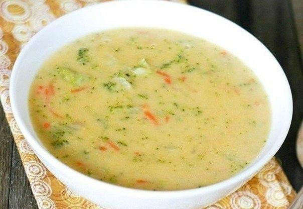 Фото к рецепту: Сырный суп с рисом