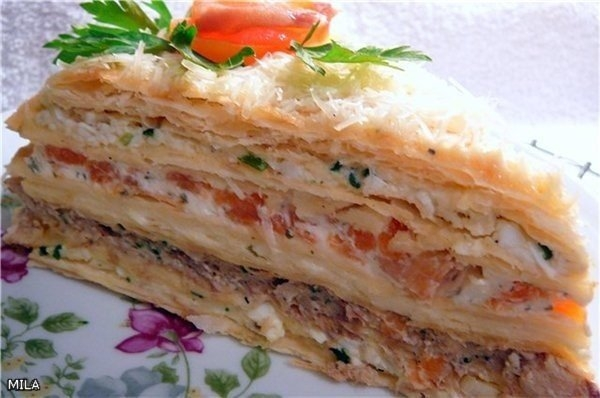 Фото к рецепту: Торт закусочный наполеон