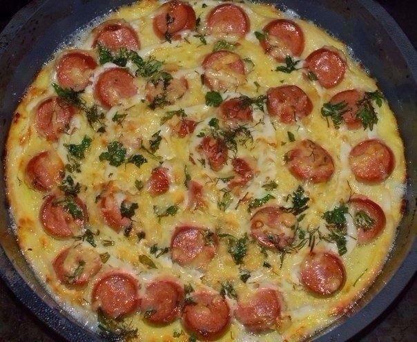 Фото к рецепту: Запеканка из картофеля с сосисками