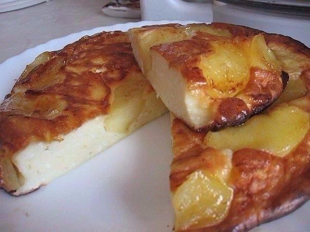 Фото к рецепту: Ароматная творожная выпечка с яблоками