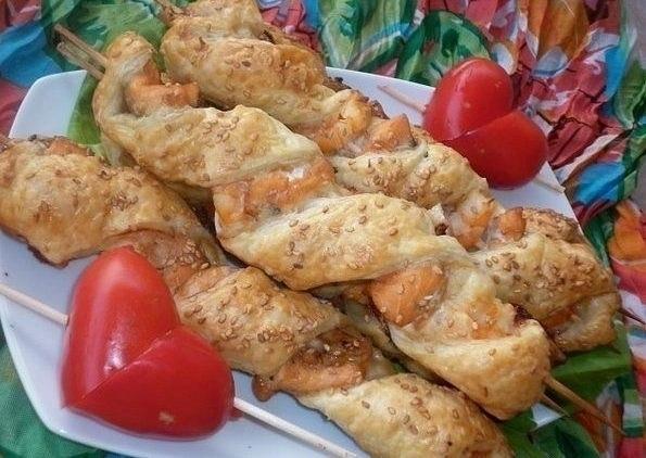 Фото к рецепту: Рыбные шашлычки удовольствие