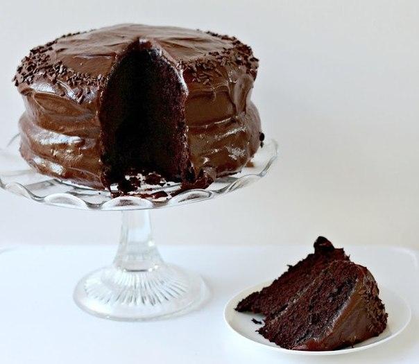 Фото к рецепту: Шоколаднейший из всех тортов