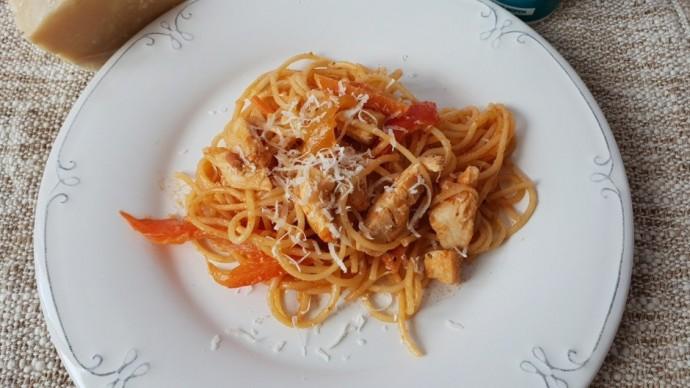 Паста в сливочно-томатном соусе 0