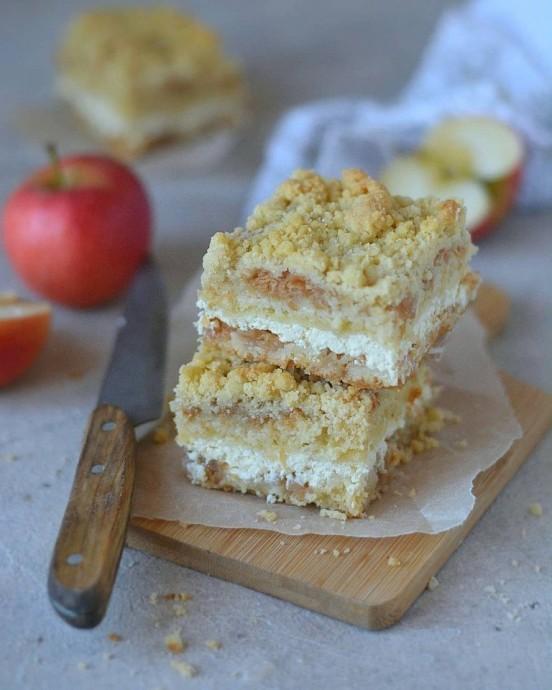 Творожно-яблочный пирог 0