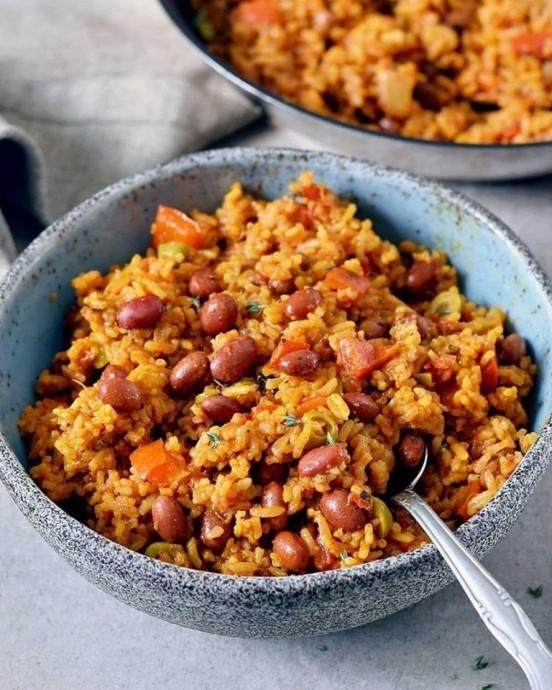 Рис по-испански ⠀ 0