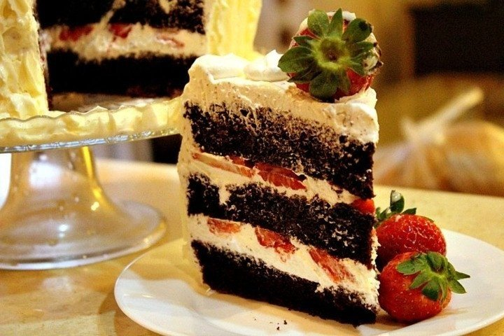 Шоколадный шифоновый торт 0