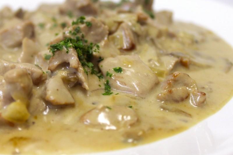 Говяжья печень с грибами в сметане 0