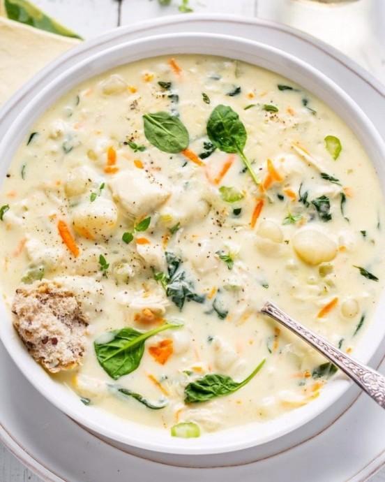 Куриный суп с картофельными клёцками